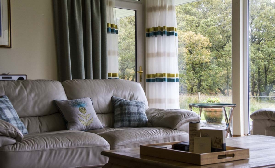 coopers-knowe-house-self-catering-scotland-main-lounge-1