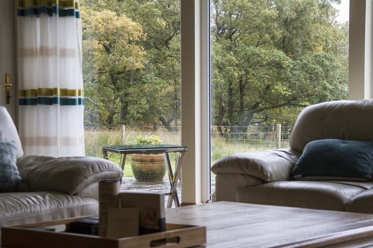coopers-knowe-house-self-catering-scotland-main-lounge-6