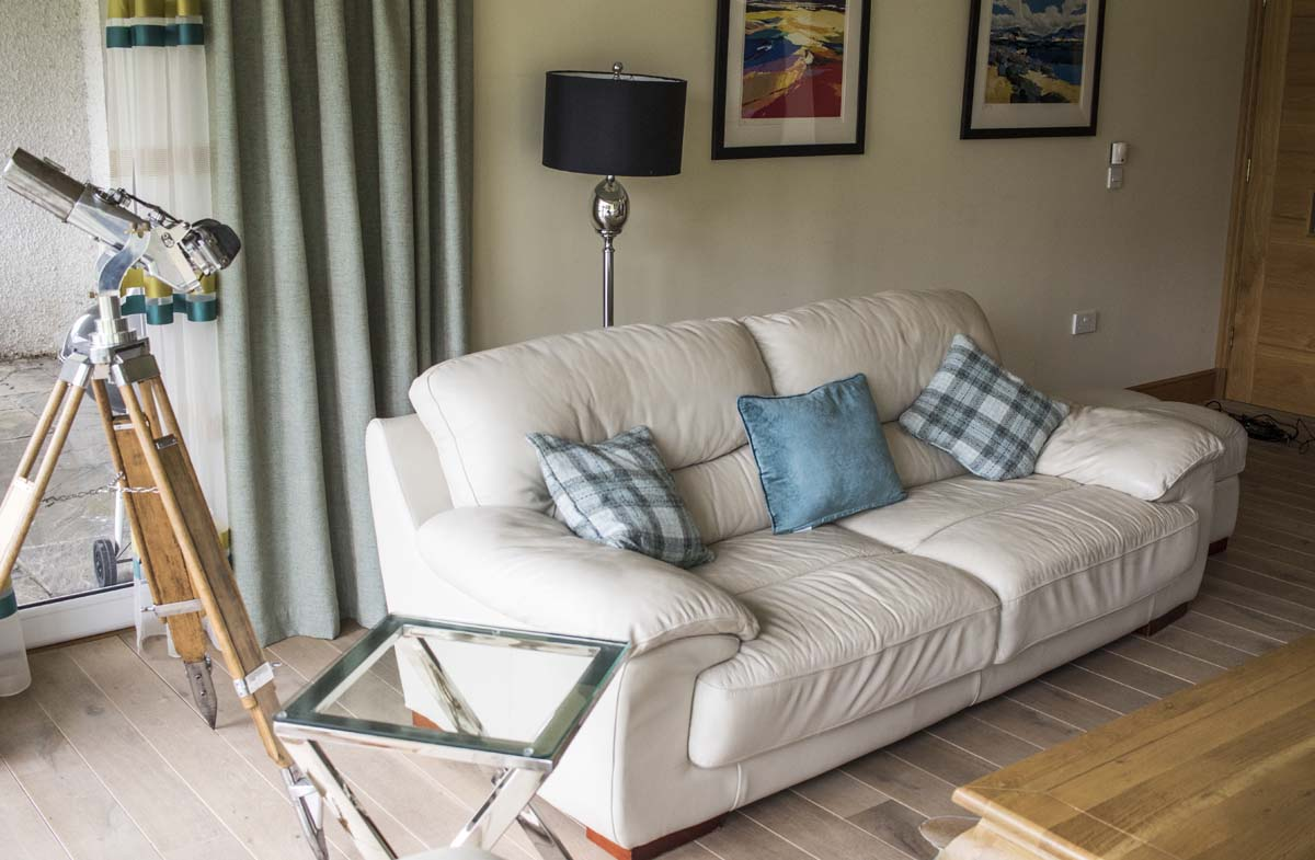 coopers-knowe-house-self-catering-scotland-main-lounge-7