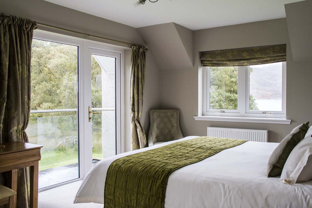 coopers-knowe-house-self-catering-scotland-woodland-bedroom-3-5